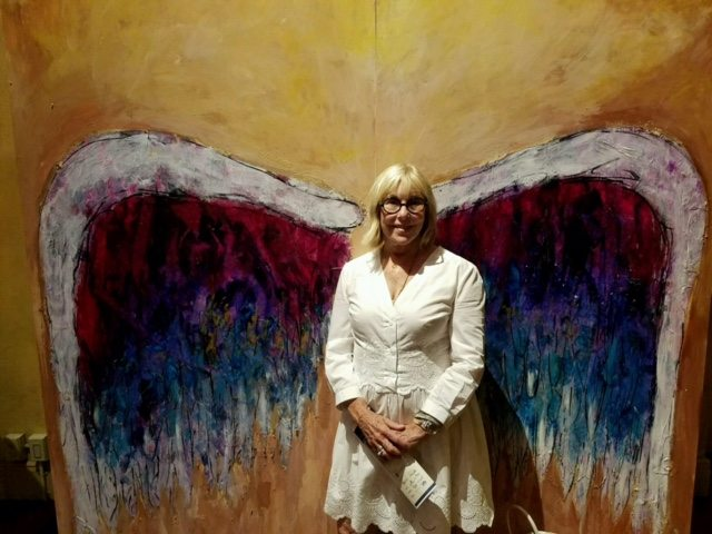 louise-wings-painting