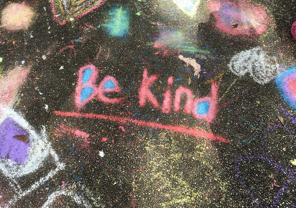 Choosing Kindness: Have you tried the 4 minute Random Act of Kindness Challenge ?